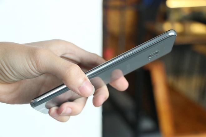 Anh Galaxy S8+ dau tien tai Viet Nam hinh anh 6