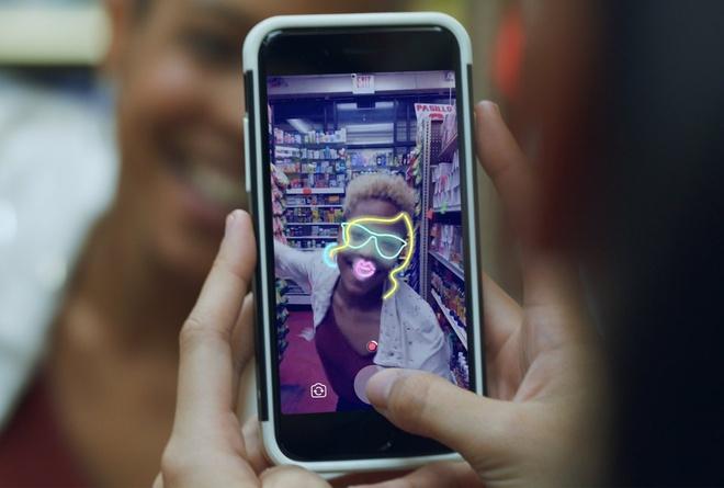 Nhung lan Facebook 'vay muon' y tuong tu doi thu Snapchat hinh anh 9