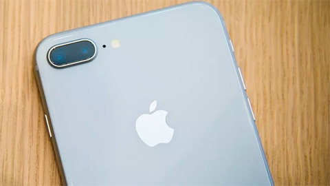 iPhone 8 Plus phat tieng keu khi thuc hien cuoc goi hinh anh