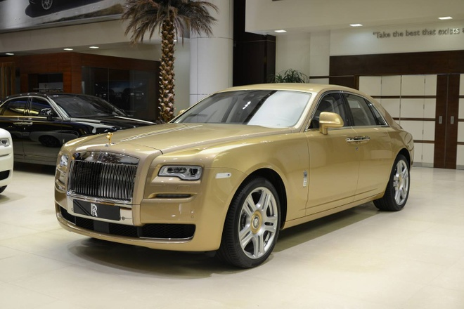 Rolls-Royce Ghost phien ban 'oc dao sa mac' doc dao hinh anh
