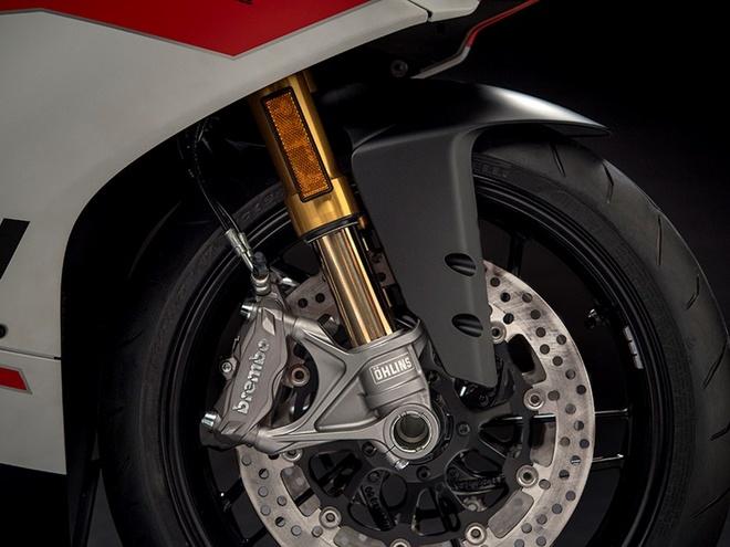 Ducati ra mat phien ban duong dua 959 Panigale Corse hinh anh 4