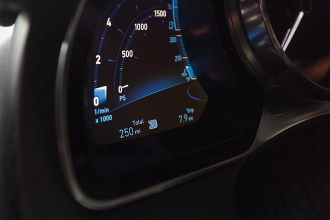 Bugatti Chiron phien ban Nguoi doi co gia 4 trieu USD hinh anh 7