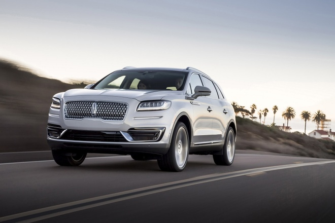 Lincoln Nautilus 2019 - SUV cao cap dam chat My hinh anh 8