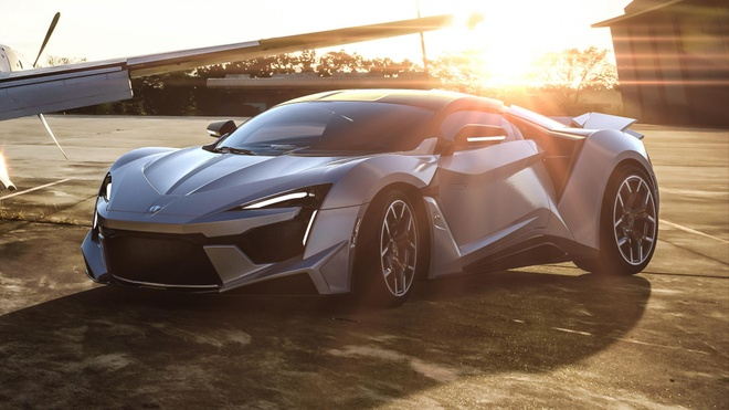Fenyr SuperSport -