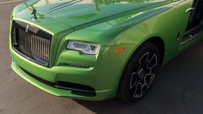 Rolls-Royce Wraith mau xanh com gia hon 400.000 USD hinh anh 3