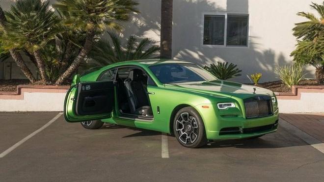 Rolls-Royce Wraith mau xanh com gia hon 400.000 USD hinh anh 6