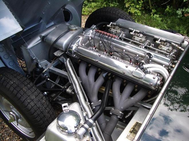 Xe co Jaguar D-Type hang hiem gia hon 10 trieu USD hinh anh 5