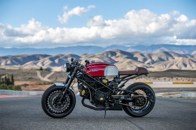 Ducati Monster do cafe racer dep me hon anh 3