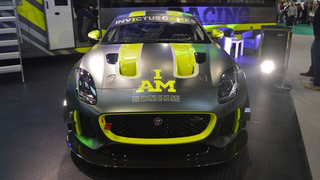 F-Type GT4 - chiec xe dua GT dau tien cua Jaguar sau 50 nam hinh anh 6