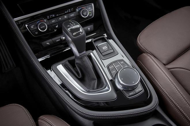 BMW ra mat ban nang cap cho Series 2 2018 hinh anh 5