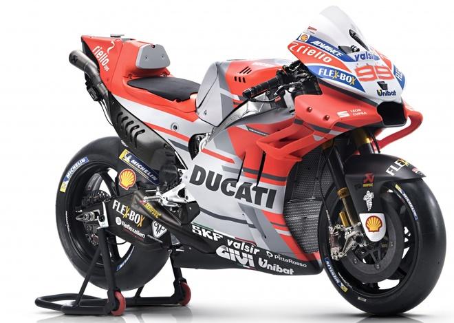 Ducati ra mat xe dua Desmosedici GP cho mua giai 2018 hinh anh