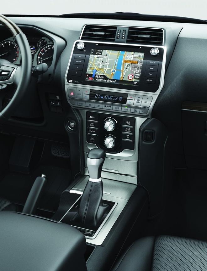 Toyota Land Cruiser 2018 gia tu 45.000 USD tai Anh hinh anh 7