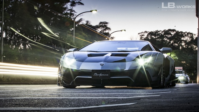 Lamborghini Aventador ham ho hon nho goi do cua Liberty Walk hinh anh 1