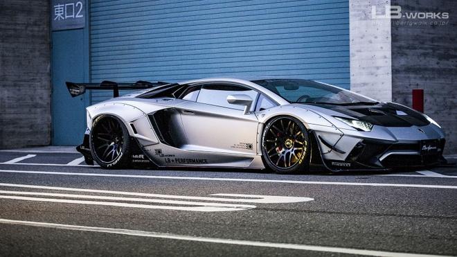 Lamborghini Aventador ham ho hon nho goi do cua Liberty Walk hinh anh 4