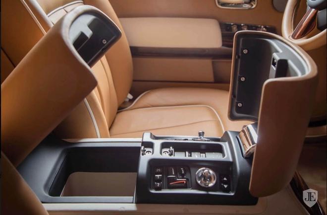 Rolls-Royce Phantom Coupe ban dac biet gia 550.000 USD hinh anh 6