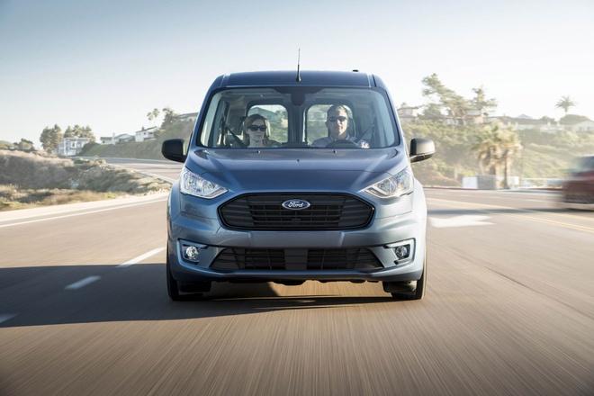 Ford Transit Connect 2018 duoc trang bi tro ly ao hinh anh 2
