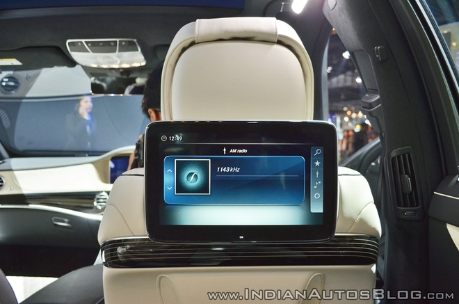 Sedan dau bang Mercedes-Maybach S650 ra mat tai An Do hinh anh 9