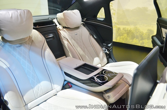 Sedan dau bang Mercedes-Maybach S650 ra mat tai An Do hinh anh 8