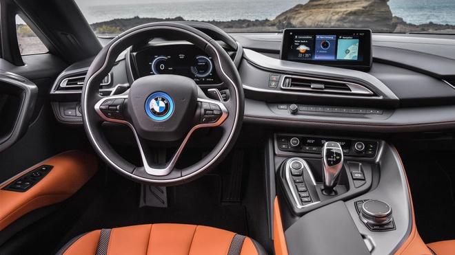 BMW i8 Roadster duoc ban ra trong thang 3, gia 164.000 USD hinh anh 2