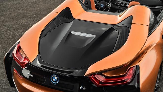 BMW i8 Roadster duoc ban ra trong thang 3, gia 164.000 USD hinh anh 4