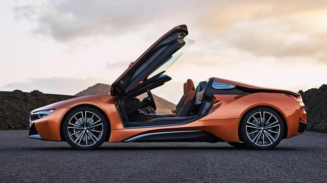 BMW i8 Roadster duoc ban ra trong thang 3, gia 164.000 USD hinh anh 7