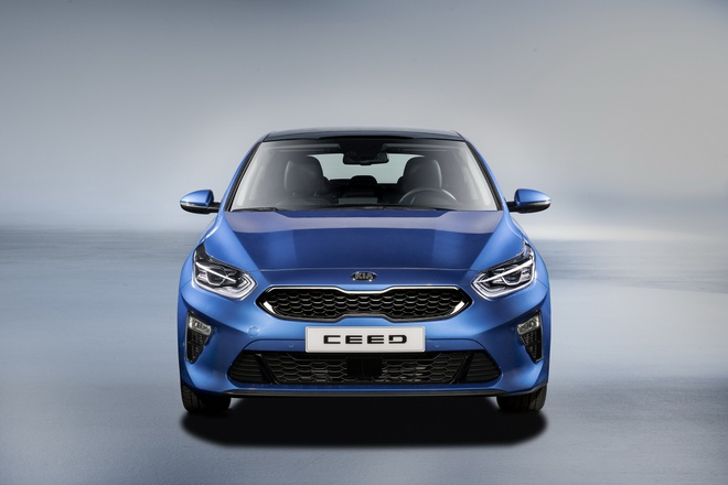 Chi tiet Kia Ceed 2018 - chiec Forte trong dang hatchback hinh anh 3