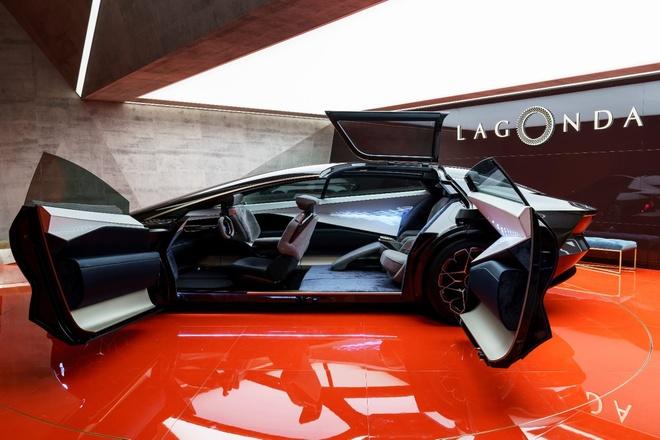 Concept xe dien tu lai voi thiet ke tu tuong lai cua Aston Martin hinh anh 4