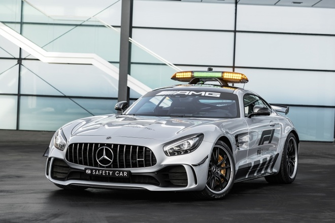 Mercedes-AMG GT R duoc chon la 'xe an toan' mua F1 2018 hinh anh