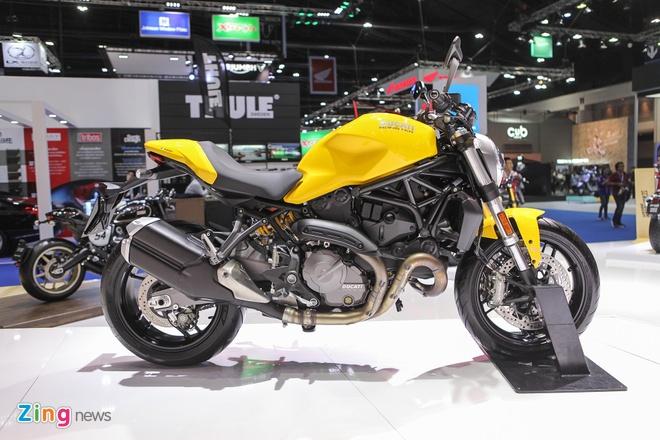Ducati Monster 821 2018 khoe khoan, nam tinh hon hinh anh