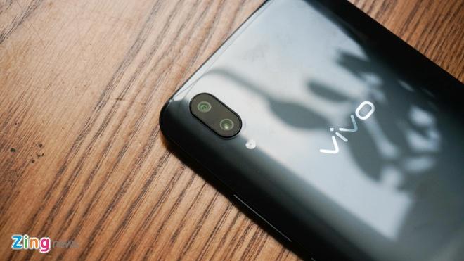 Smartphone van tay duoi man hinh dau tien ve VN hinh anh 8