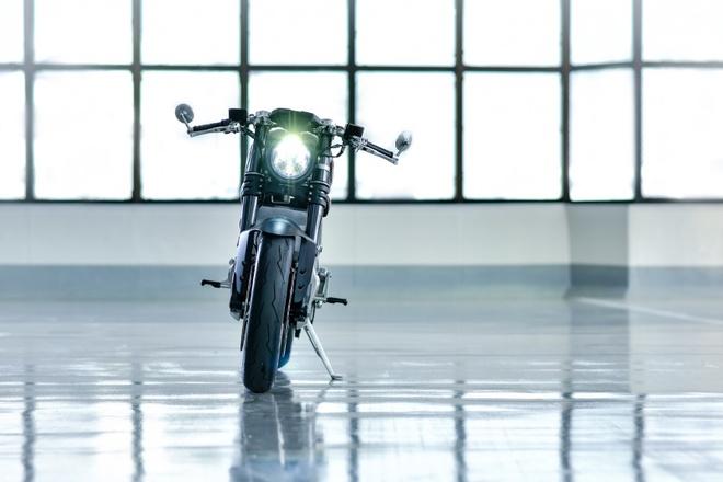 Ducati Scrambler D-EV chay dien ra mat anh 3