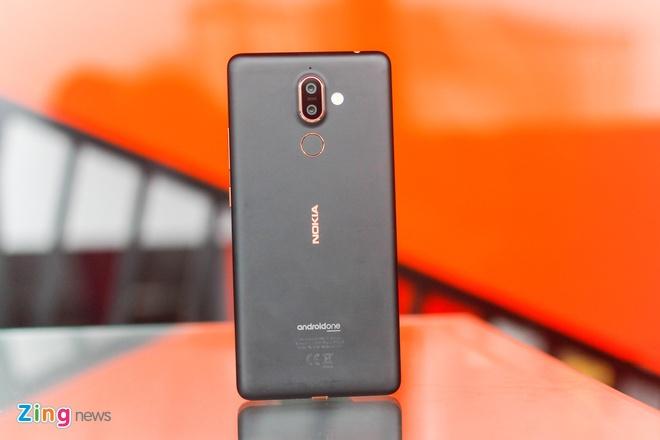 Mo hop va trai nghiem Nokia 7 Plus anh 3