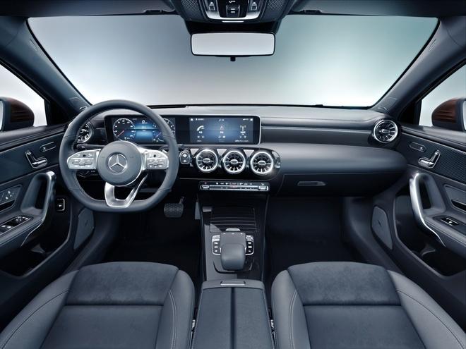 Mercedes-Benz A-Class ban sedan ra mat tai Bac Kinh hinh anh 7