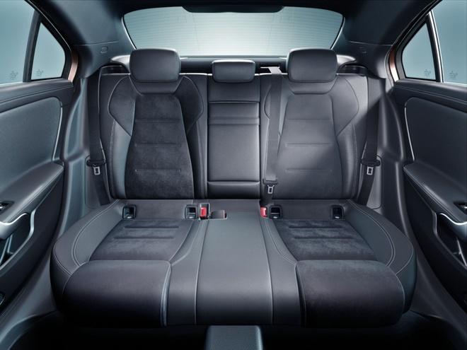Mercedes-Benz A-Class ban sedan ra mat tai Bac Kinh hinh anh 8