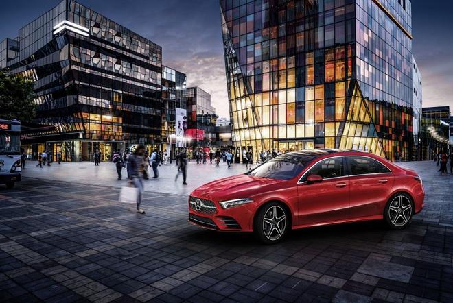 Mercedes-Benz A-Class ban sedan ra mat tai Bac Kinh hinh anh 1