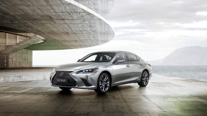 Lexus ES 2019 chinh thuc ra mat, sang trong va hien dai hon hinh anh