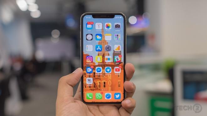 Vi sao mua iPhone X 2018 se la sai lam cua ban? hinh anh