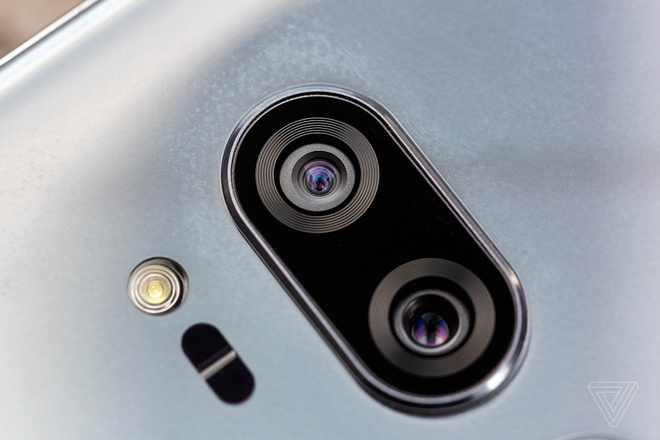 LG G7 ThinQ ra mat, ho tro AI, nang cap am thanh hinh anh 4