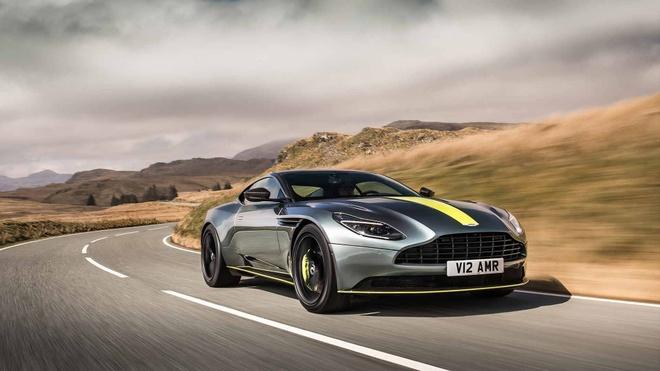 Sieu xe Aston Martin DB11 AMR ra mat, gia tu 241.000 USD hinh anh