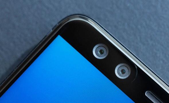 HTC U12+ ra mat: Man hinh Quad HD+, 2 bo camera kep hinh anh 4
