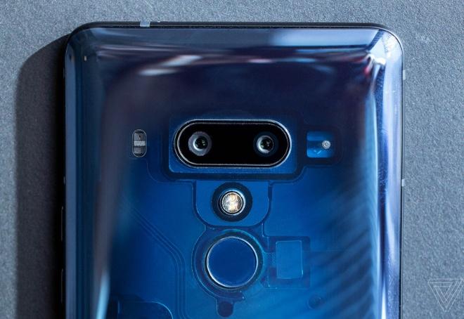 HTC U12+ ra mat: Man hinh Quad HD+, 2 bo camera kep hinh anh 7