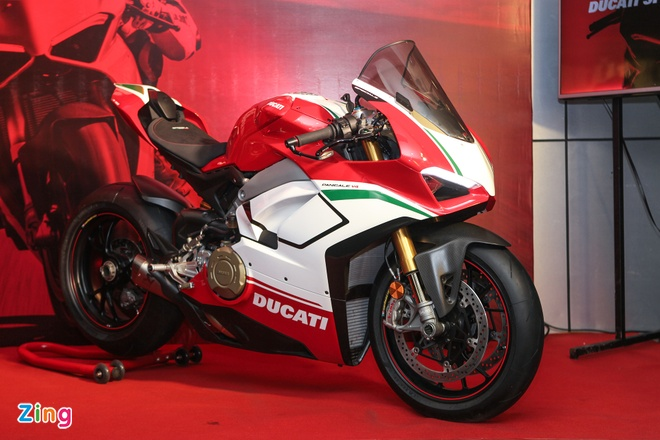 Ducati Panigale V4 Speciale gia gan 2 ty tai VN co gi dac biet? hinh anh 1