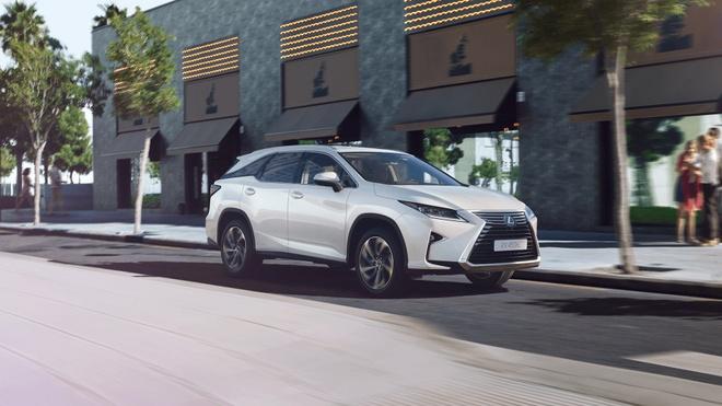 Lexus RX450hL 2019 7 cho gia tu 68.000 USD hinh anh