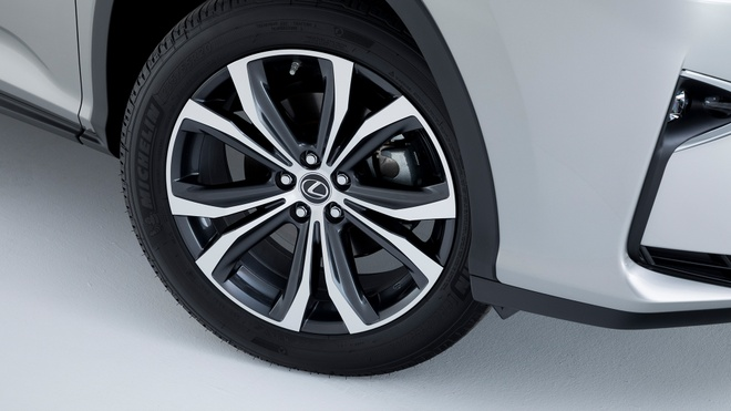 Lexus RX450hL 2019 7 cho gia tu 68.000 USD hinh anh 7