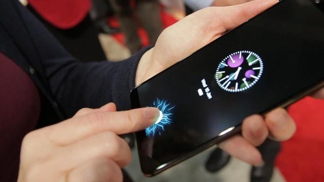 Nokia A1 Plus se su dung cam bien van tay duoi man hinh? hinh anh