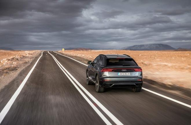 Sieu SUV Audi Q8 gia khoi diem tu 89.224 USD tai Duc hinh anh 5