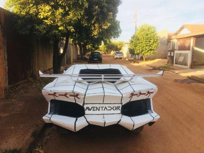 Lamborghini Aventador nhai gia 800 USD cua tho may Brazil hinh anh 4