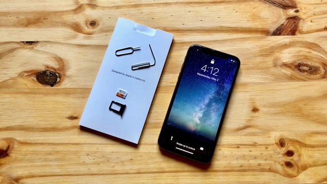 Bang chung cho thay iPhone 2018 se co 2 SIM hinh anh
