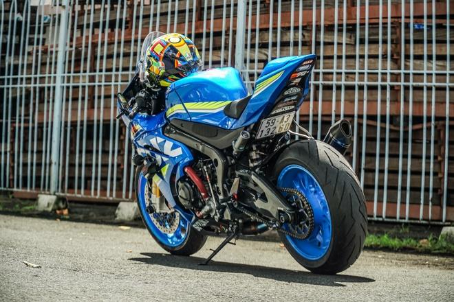 Suzuki GSX-R1000 cua biker Sai Gon voi goi do xe dua hon 500 trieu hinh anh