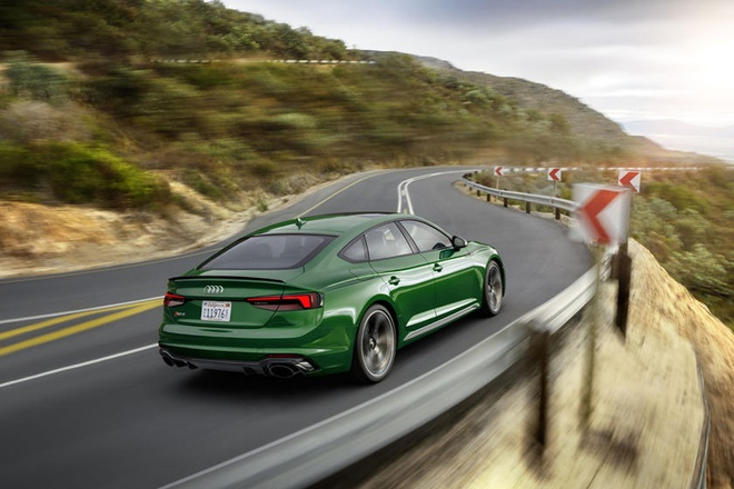 Audi RS5 Sportback 2019 co gia tu 74.200 USD tai My hinh anh 4